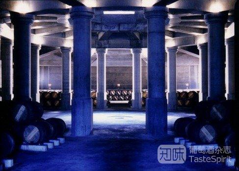 酒窖:世界级建筑大师们的骇俗之作