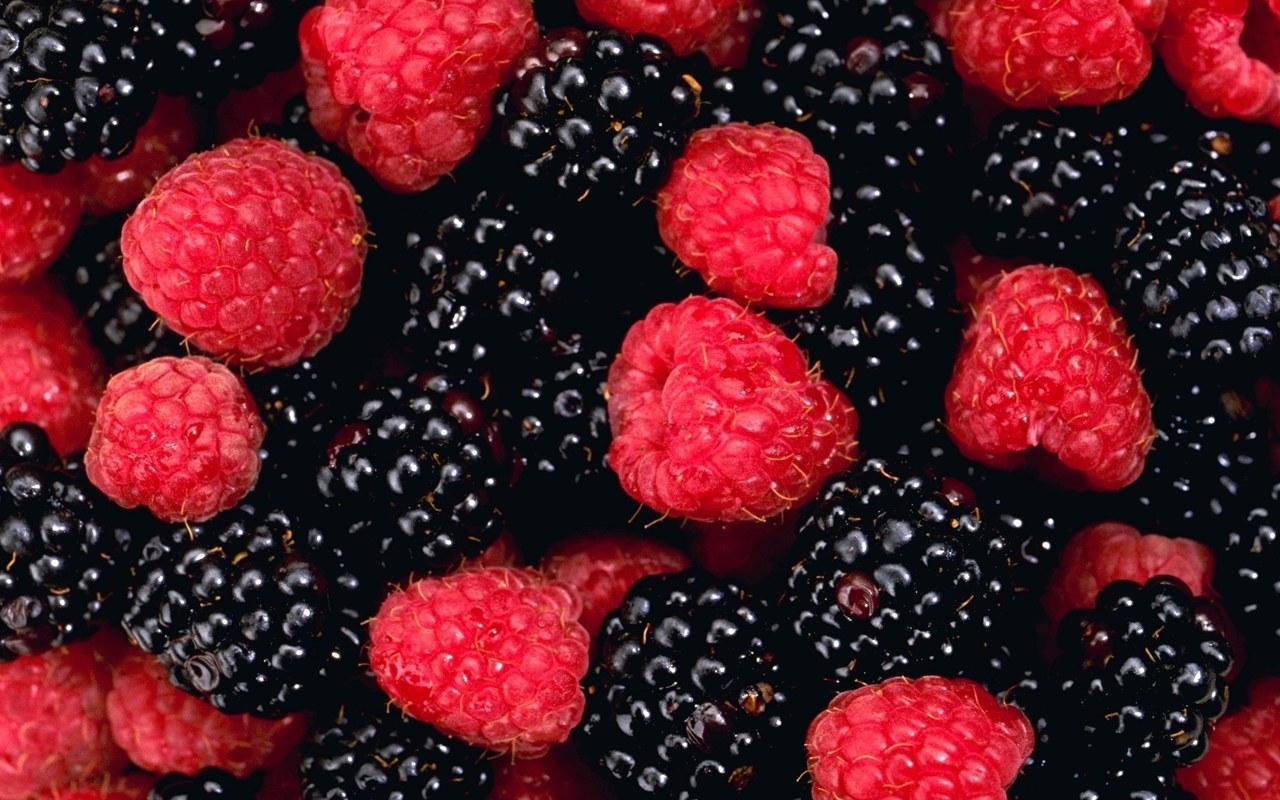 葡萄酒香中的红色水果和黑色水果是什么?