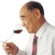 郭其昌:情系葡萄酒一甲子
