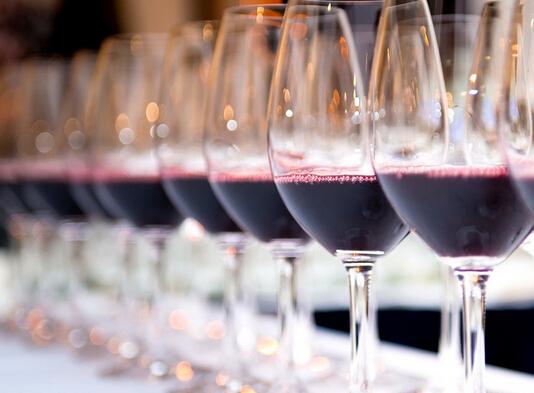 葡萄酒品鉴:闻与嚊的纠结