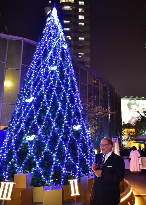 上海新天地朗廷酒店圣诞树亮灯活动