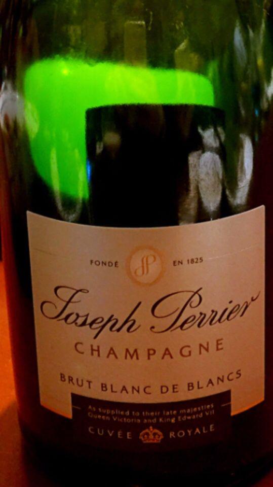 佩里耶白中白干型香槟Joseph Perrier Blanc de Blancs Brut