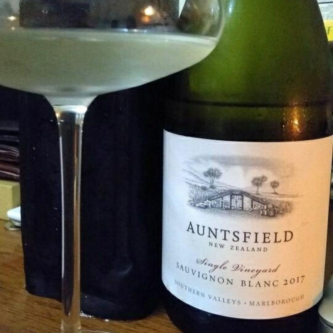 昂兹菲尔德长相思白葡萄酒Auntsfield Single Vineyard Sauvignon Blanc