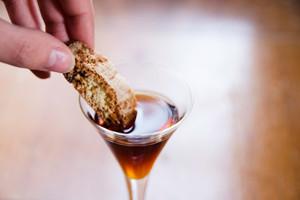圣酒,托斯卡纳艳阳下最甜蜜的琼浆
