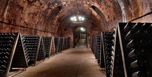 香槟与意大利起泡酒之间有何区别?