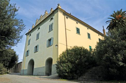 特里奇堡Castello del Terriccio