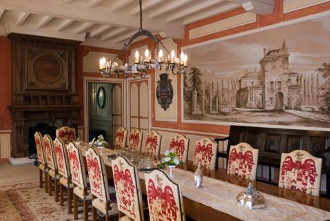 拉图嘉利庄园Chateau la Tour Carnet