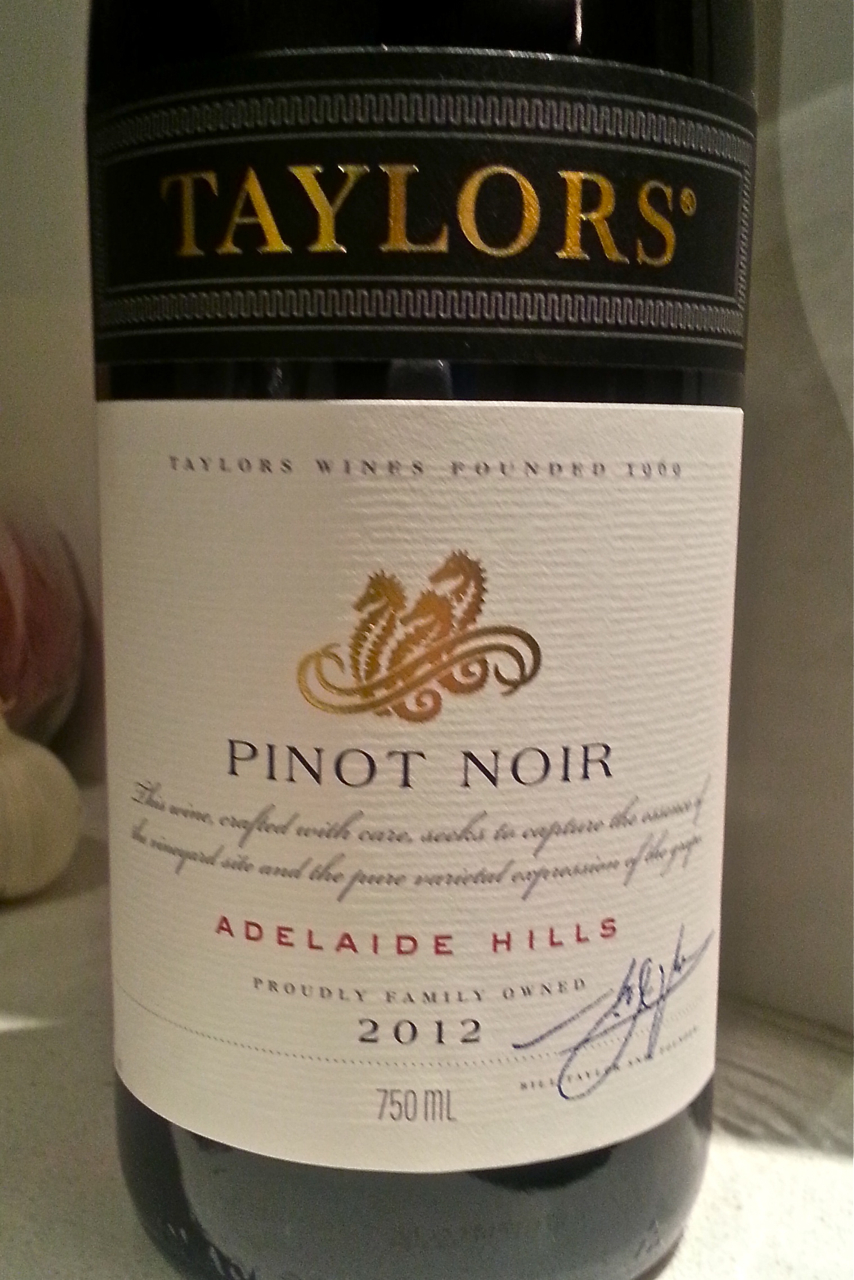 泰来斯黑皮诺干红Taylors Pinot Noir