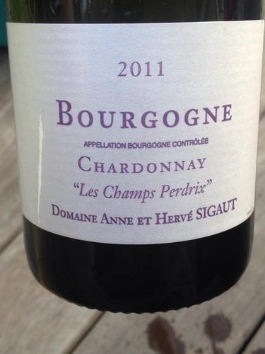 Les Champs Perdrix Bourgogne Chardonnay